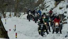 उत्तराखंड – बर्फ में चलानी है बाइक तो यहां आइये, आपको मिलेगी पूरी मदद