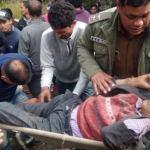 उत्तराखंड – बारात ला रहा वाहन खाई में गिरा, मृतकों और घायलों को निकाल लिया गया है