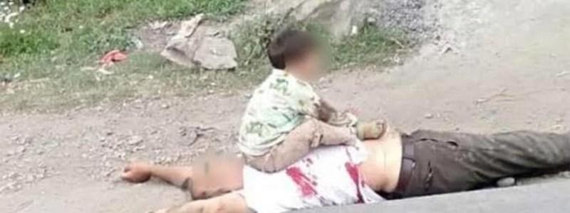 कश्मीर से आया ये Video रुला देगा, आतंक में 3 साल का बच्चा, सुरक्षाबलों ने फिर क्या किया