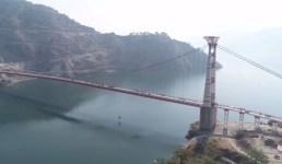 देश के सबसे लम्बे भारी वाहन झूला पुल डोबरा-चांठी पर शुरू हुआ यातायात, मुख्यमंत्री ने निर्माण में देरी के लिए दुख जताया