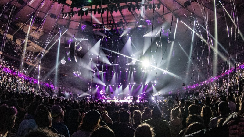 "Phish New Year's Eve 2018 Recap: ""This is What Space Smells Like"""