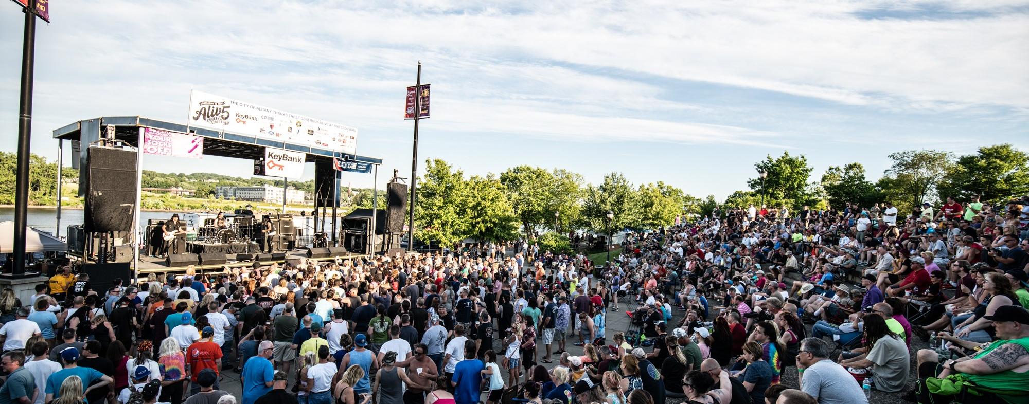 Quiet Riot Rocks Alive at 5 in Albany, NY