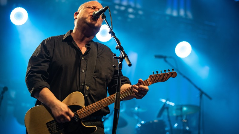 "Pixies Announce ""Intimate"" North American Tour"