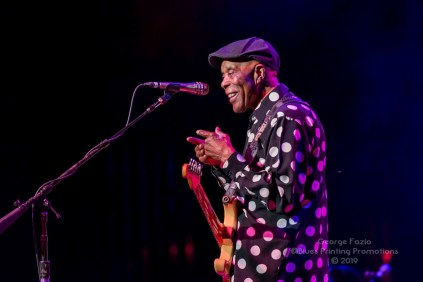 Buddy Guy and Kenny Wayne Shepard - Palace Theatre - Albany, NY 11-19-2019 (32 of 46)