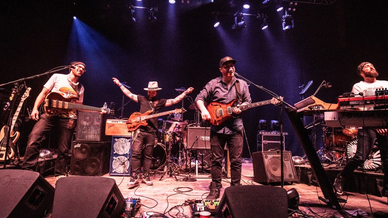 """VIDEO: Strange Machines Perform """"Side to Side"""" at State Theatre Featuring Mihali of Twiddle"""