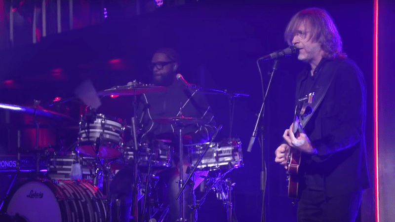 The Tonight Show Welcomes on Trey Anastasio As First Performer Since COVID Impact