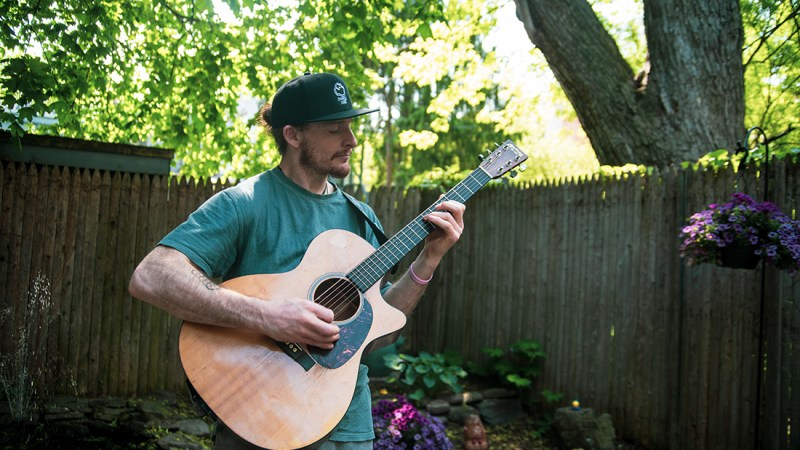 VIDEO: Courtyard Sessions EP. 5 | Brad Hester