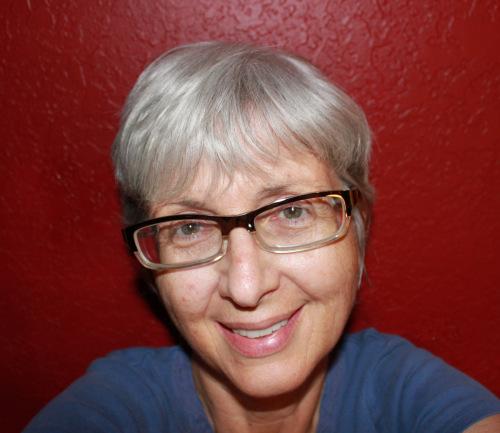 donna_huebsch is a Blogger/Mom/Artist
