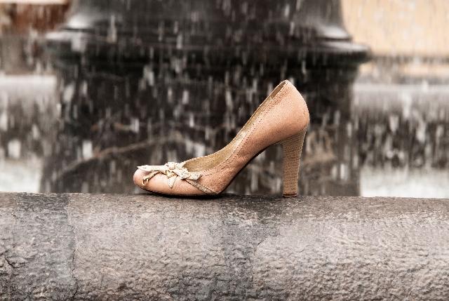 革靴が雨に濡れた場合の雨染み予防と早く乾かす方法は?お手入れは?の画像