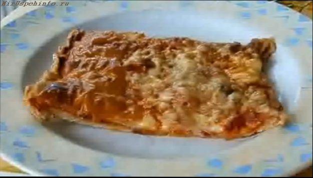 nachinka-dlja-piccy-s-lukom-anchousami-i-timjanom
