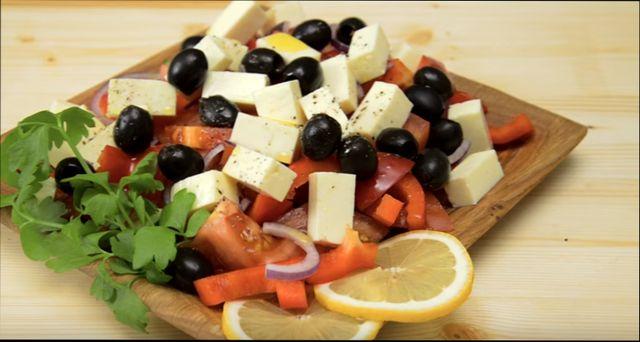 Рецепты как вкусно приготовить греческий салат с брынзой