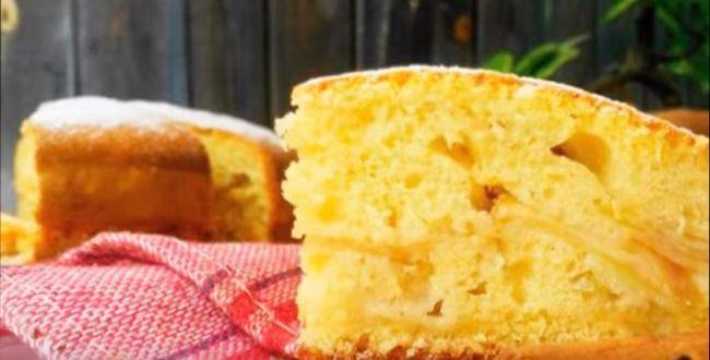 Яблочный пирог на кефире и на сметане в духовке — рецепт который тает во рту
