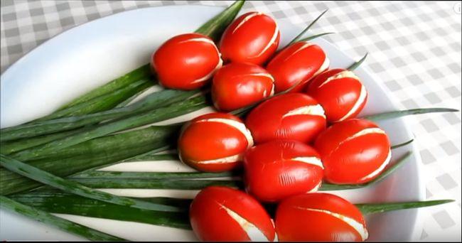 Оригинальный рецепт салата на праздник - «Тюльпаны»