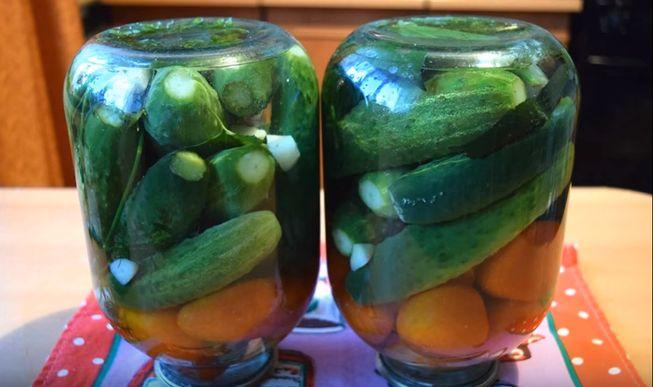 Ассорти из помидоров и огурцов консервированные на зиму
