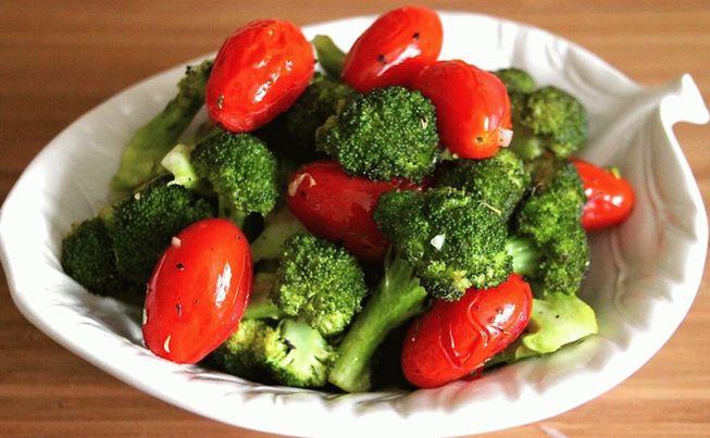 Рецепт приготовления на зиму капусты брокколи с помидорами