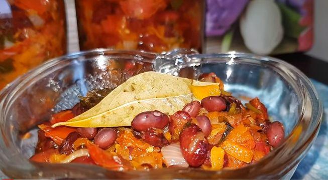 Салат с фасолью на зиму - 5 вкусных и полезных рецептов