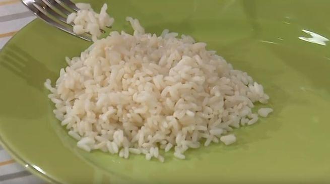 Як правильно відварити рис на пару