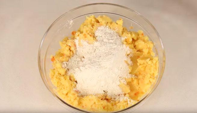 Как приготовить правильную основу для картофельных зраз