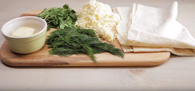 Необходимые продукты для закуски из лаваша