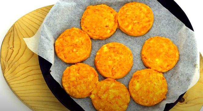 Смажимо морквяні котлети