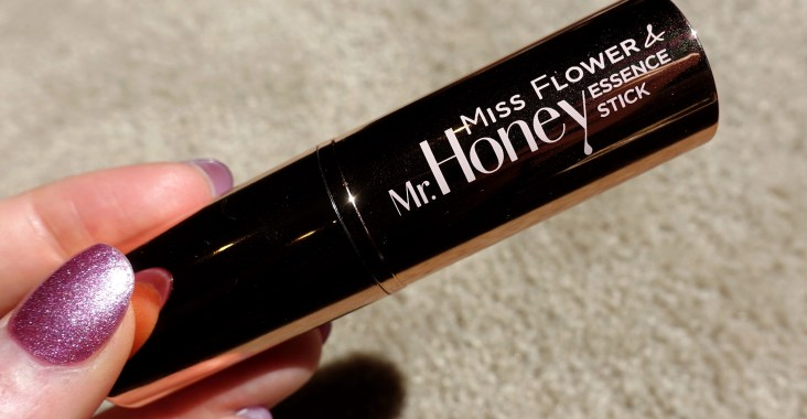 Banila Co. Miss Flower & Mr. Honey Essence Oil Stick