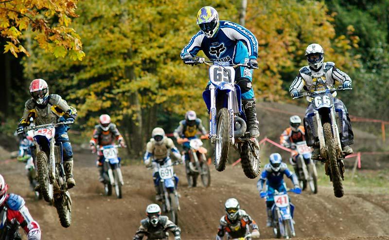 novice motocross at agassiz 2003