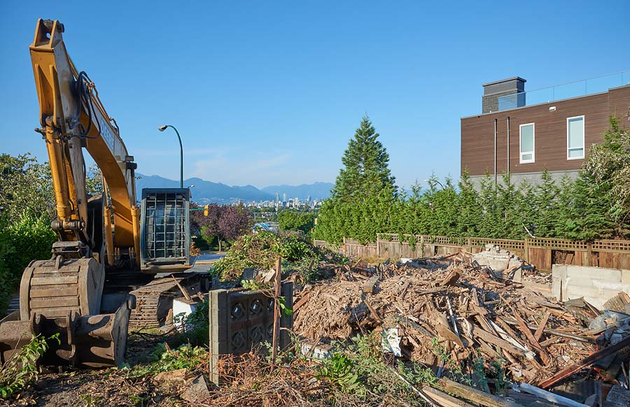 House being demolished in Vancouver