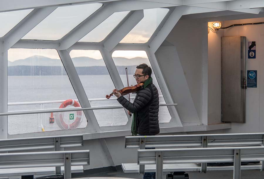 violinist-on-ferry-boat