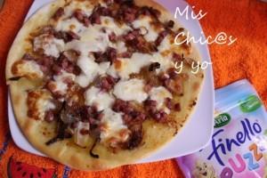 Pizza cebolla y jamón