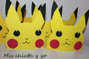 Gorros de Pikachu en goma-eva