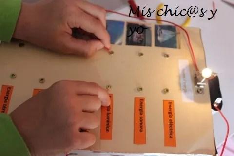 Juego de circuito electrónico de preguntas y respuestas