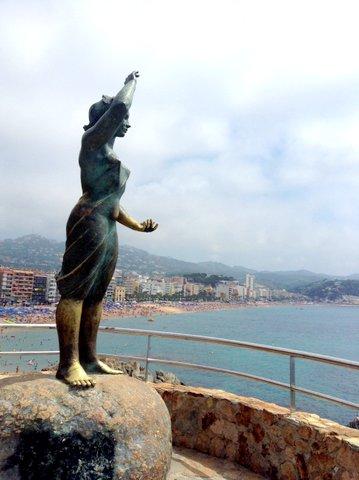 Monumento a la mujer marinera, Lloret de Mar