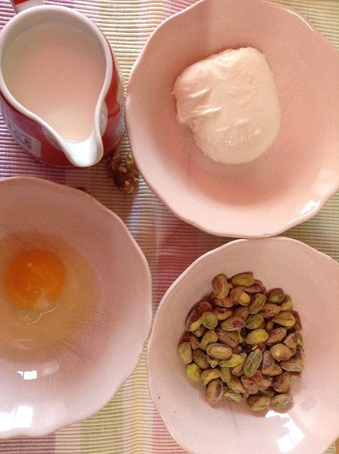 Ingredientes para salsa de pistachos