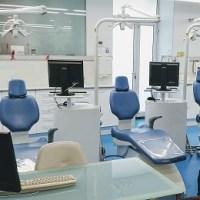 """Crónica del evento """"Salud dental desde el primer día"""" en el área dental de la Fundació Hospital dels  Nens de Barcelona"""