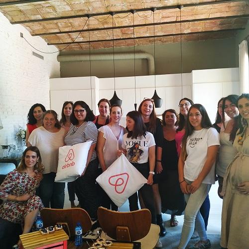 Blogueras asistentes al evento de Airbnb-Madresfera