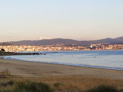 Vistas desde la playa de Cangas do Morrazo