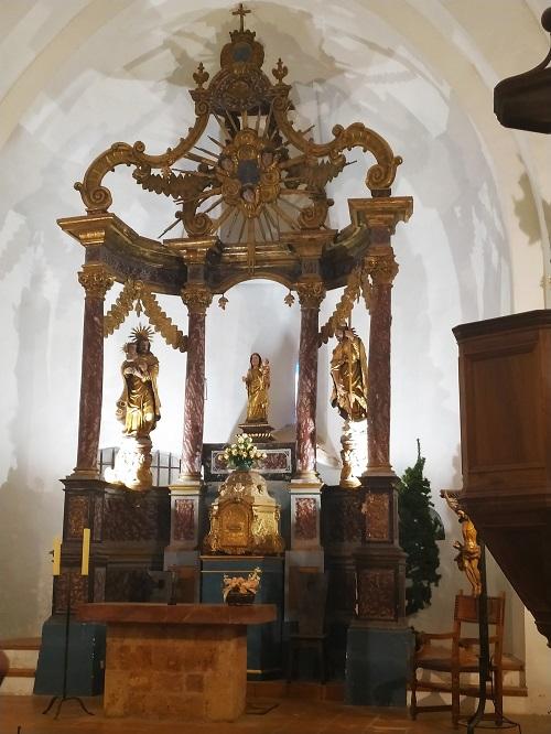 Interior de la Iglesia de Santa Maria de Mercadal