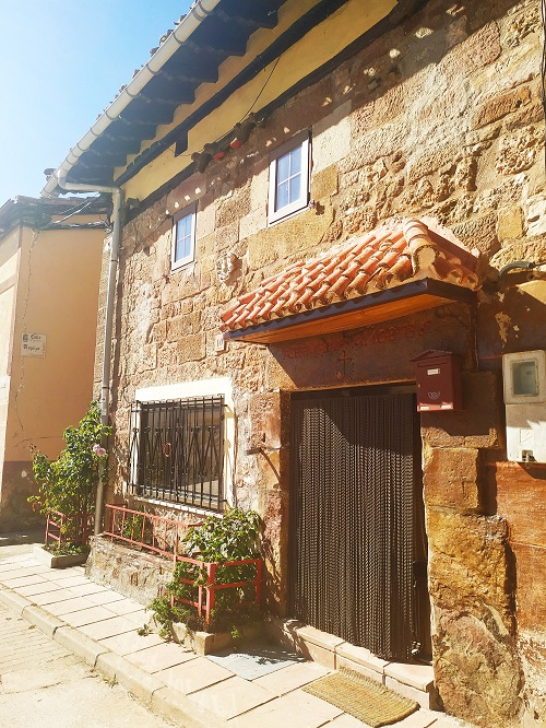 Casa típica, Villasur de Herreros. Sierra de la Demanda