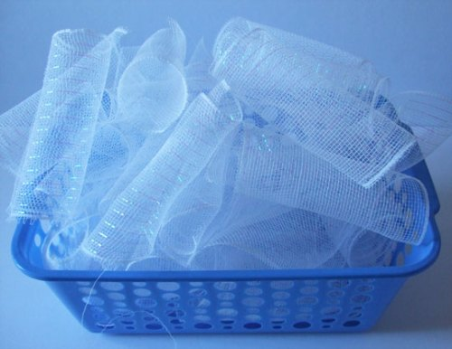 """bunches of 6"""" cut white mesh"""