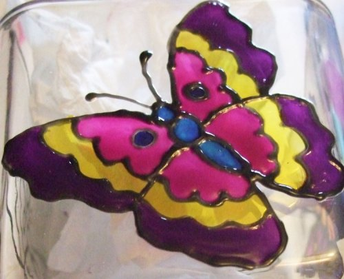 Using Pebeo Vitrea 160 Sun Yellow color I painted in the middle of the butterfly wings.