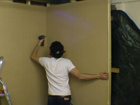 Building Temporary Exhibition Wall - Display - Studwork - Painting