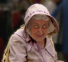 anciana ojos blancos