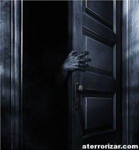 tras-la-puerta