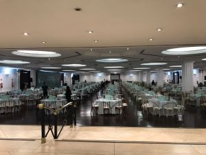 Salão do Clube Hebraica preparado para o Bingo Beneficente