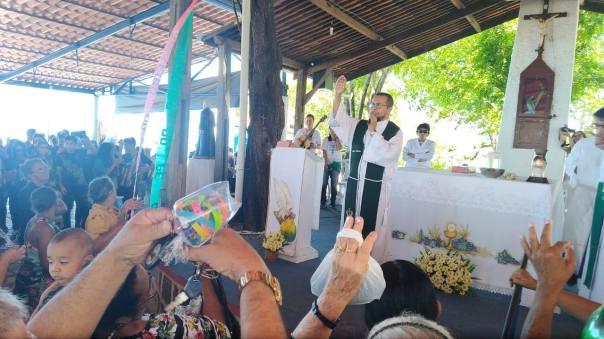 Padre Fernando celebra a Missa no Horto em Juazeiro do Norte