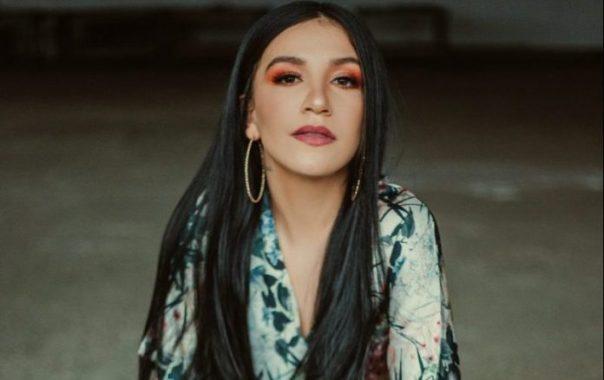Priscilla Alcântara em clipe musical