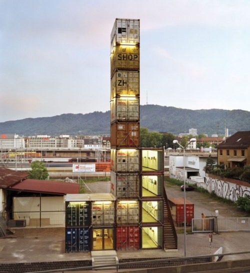 Freitag Shop Zurich by Spillmann Echsle Architects (Shipping Container Architecture) (3)