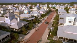 seaside_florida_-_the_first_new_urbanist_development