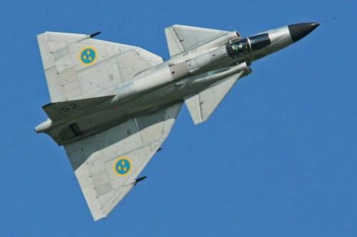 Saab_AJS-37_Viggen_37098_52_(SE-DXN)_(9256079273)