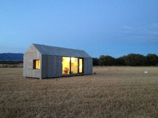 abaton-aph80-exterior7-via-smallhousebliss